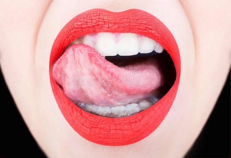 boquete perfeito usando a lingua